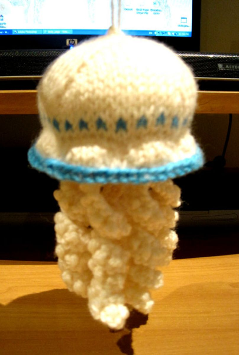 Knitting Pattern For Jellyfish : Knits and Bits   Queenie Chan