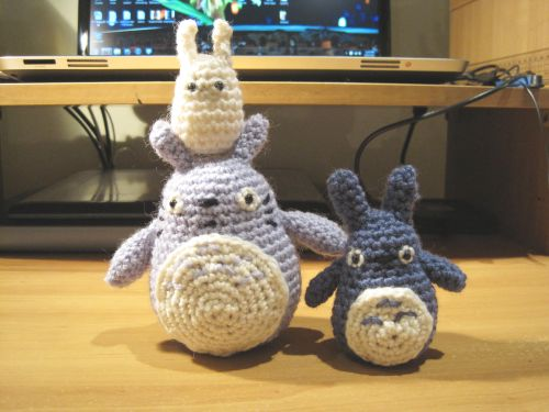 Grey totoro free crochet pattern queenie chan i have the blue and white totoro patterns here and given the way this is going i guess ill have to create a new page for free patterns very soon dt1010fo