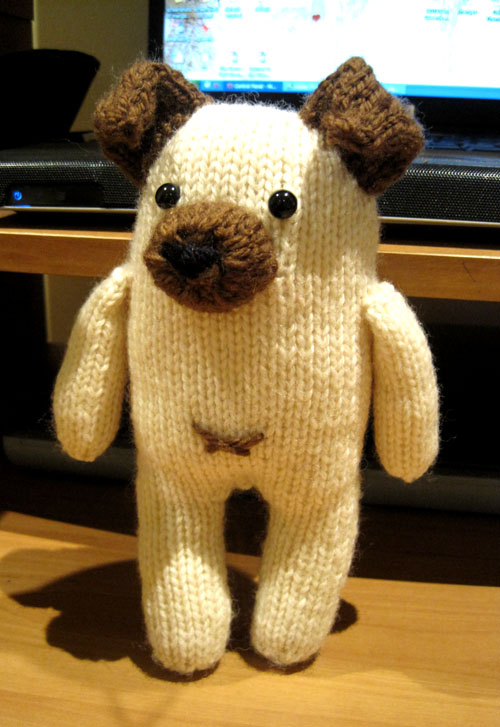 Knitted Pug Pattern : Knits and Bits Queenie Chan